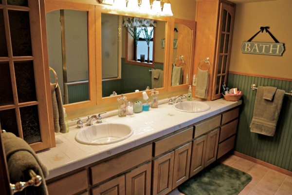 cabin-suite-bathroom