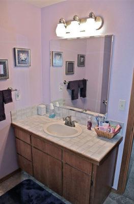 cottage-garden-bathroom2
